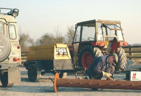 Corte a plasma para reparos automotivos como aliado na agricultura